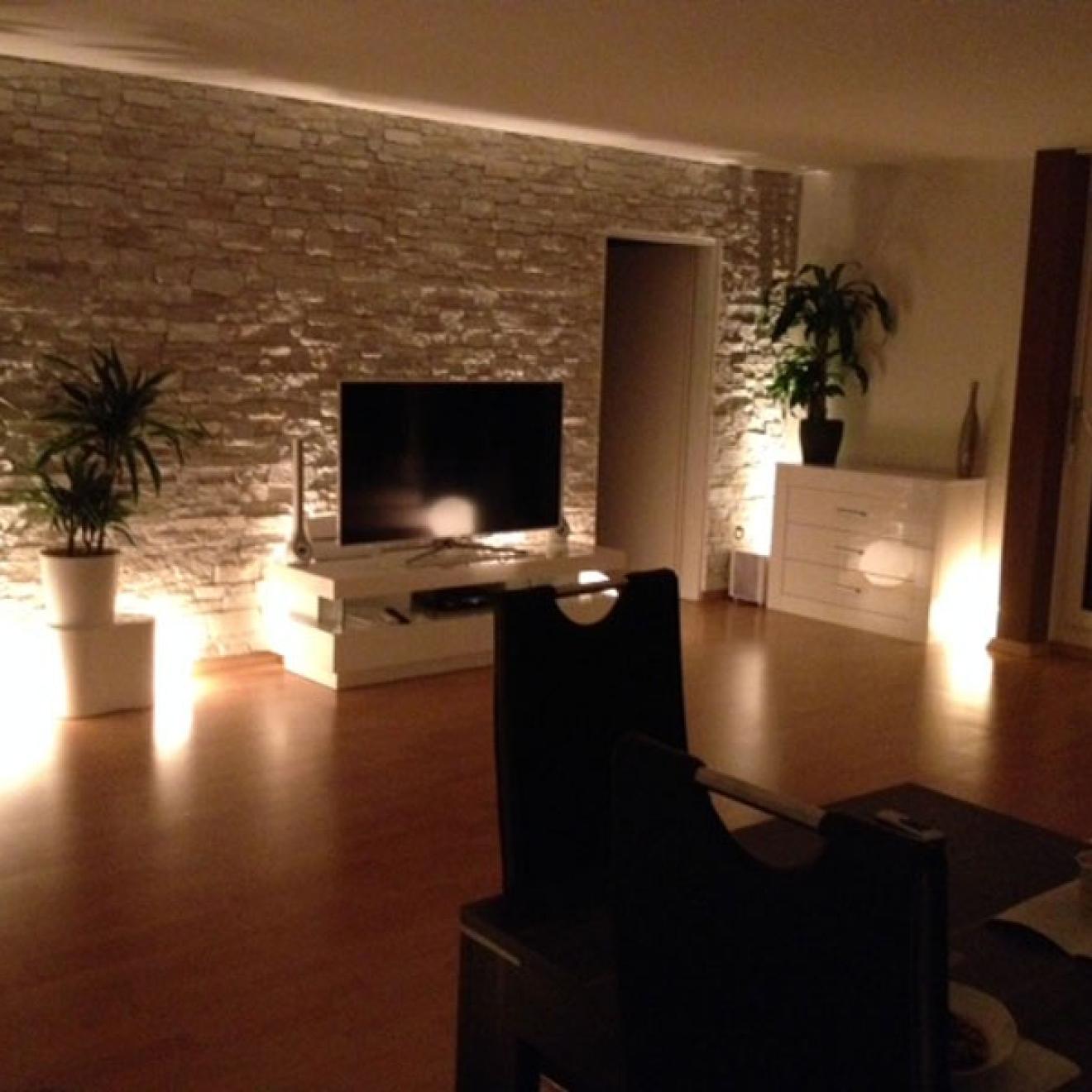 xstein fernseher tv steinwand steinimitat steinoptik schnellste montage und h c. Black Bedroom Furniture Sets. Home Design Ideas